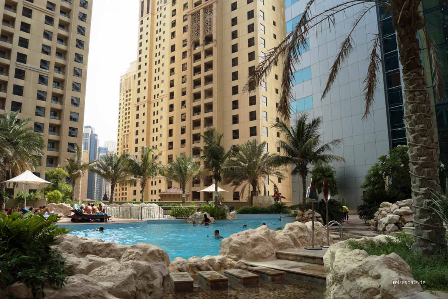 Pool Oasis Beach Tower