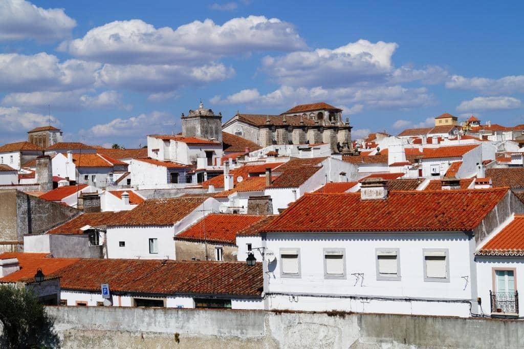Évora, die Königsstadt im Alentejo – alle Highlights