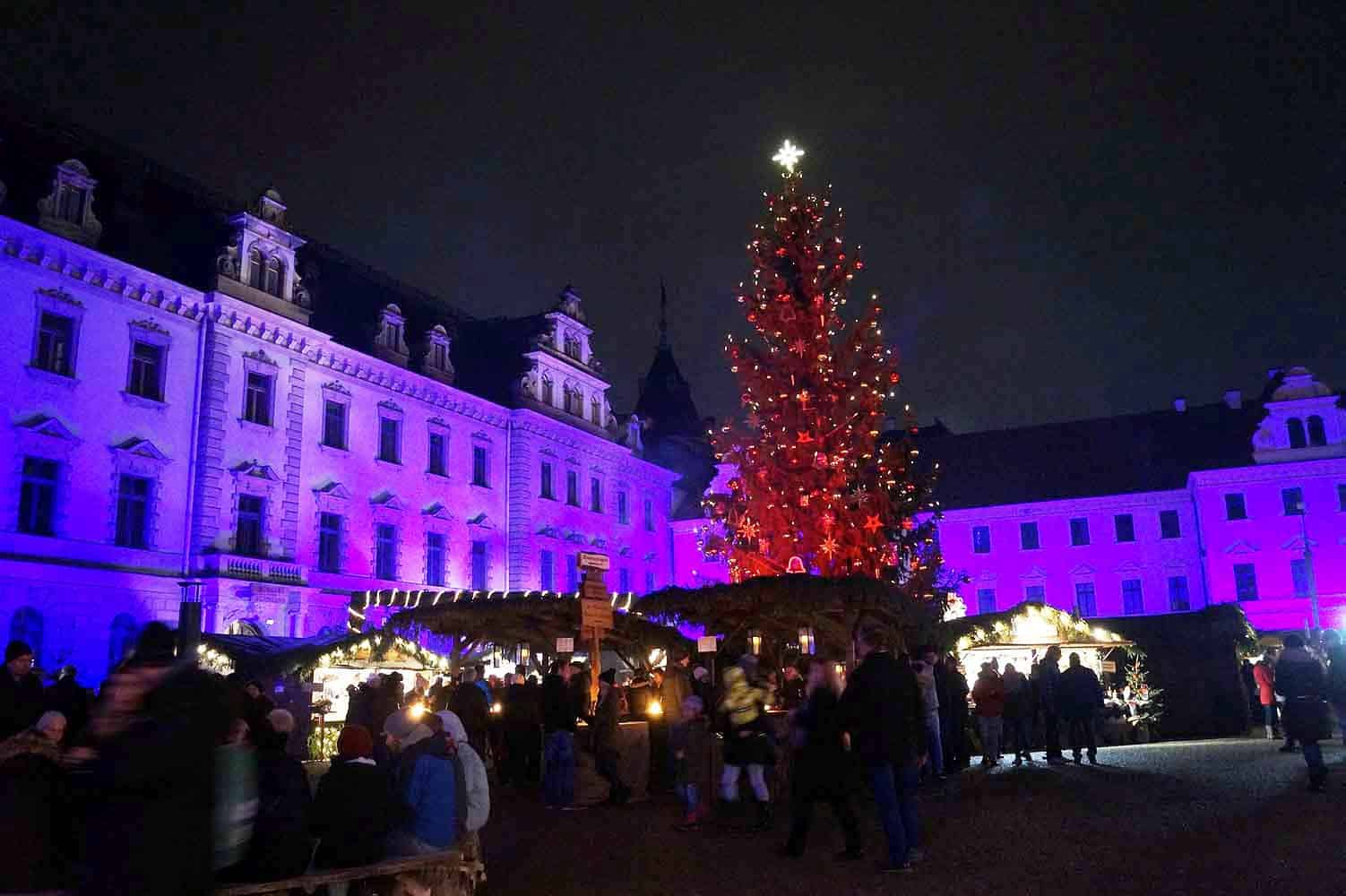 der sch nste weihnachtsmarkt in regensburg reiseblog. Black Bedroom Furniture Sets. Home Design Ideas