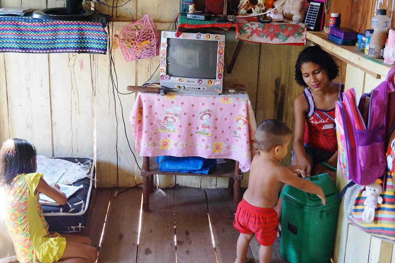 Einheimische in Brasilien Amazonas