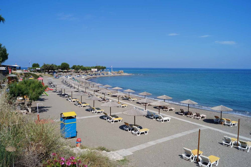 Hotel dirket am Strand in Rhodos
